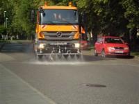 Čistenie a údržba miestnych komunikácií, umývanie cesty