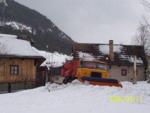 údržba komunikácií, odpratávanie snehu