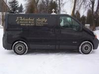 Pohrebné a cintorínske služby, pohrebné auto